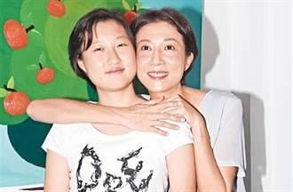 不倫成龍背小三罵名22年 吳綺莉吐當年未婚生女真相