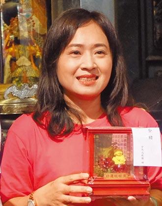 張淑萍鼓勵捐血 自製媽祖文創品