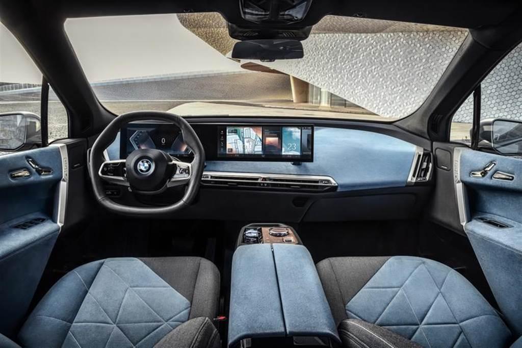 BMW iX 海外 11 月啟動交車程序,性能更強的 M60 車型確認稍晚報到