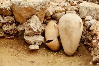 2300年前陶罐藏遭肢解幼雞 專家一看驚曝恐怖真相