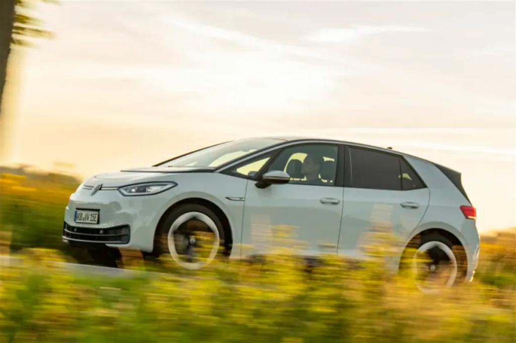 福斯電動車被投訴熱泵節能廣告不實,最終向近六萬名車主退款