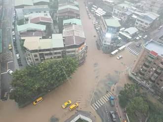 驚人照片曝光!北市遭豪雨狂炸信義區成水都 松仁路遭水淹沒