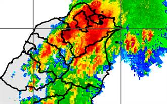 台大時雨量209毫米 雷雨彈狂炸!7地方暴雨到晚上