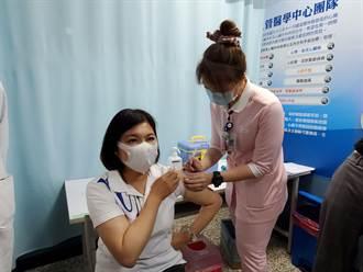 獲12700劑疫苗 雲林縣府:施打率100%