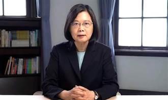 陳金芳快評》這樣的總統能帶台灣走出亂局?