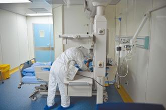 大陸推動公立醫院 建立重大疫情救治體系