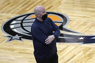 NBA》拒絕參加重建 魔術總教練克利福德離去