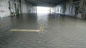 豪雨水淹南市5區27處 水利局:限水尚未解除