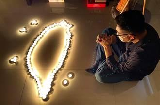 對政府無聲抗議 江啟臣響應「熄燈一分鐘」悼確診亡者