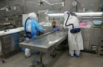 面對疑似染疫遺體 北檢法醫李漢宗豪氣:都我來驗 2周接12件