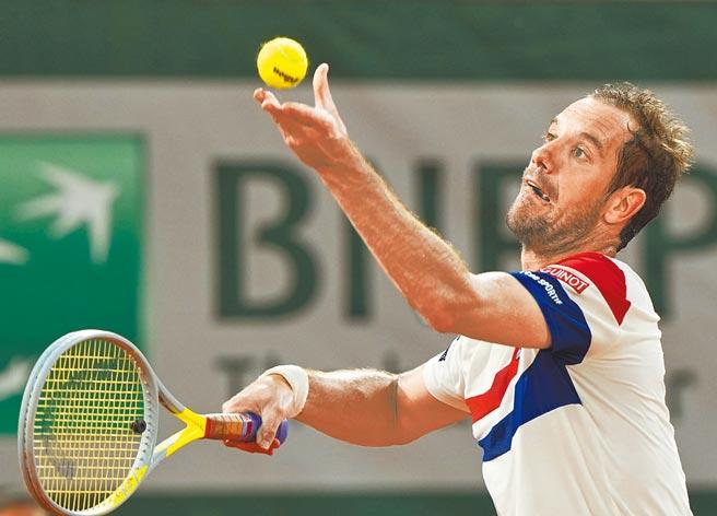 加斯奎特在法網男單次輪成為納達爾生日祭品,豈料29名法國好手竟無人打入單打32強。(美聯社)