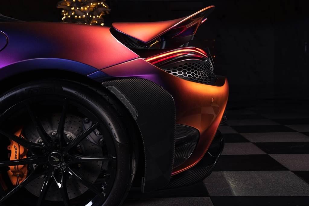 McLaren MSO交付全球唯一「四色變異」的定制款765LT