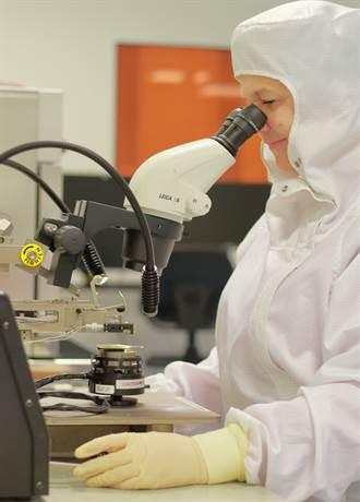 職場》欣興電子高規抗疫 日月光提供有薪防疫假