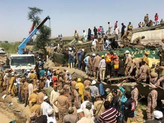 巴基斯坦火車相撞釀63死 鐵道失修問題重上檯面