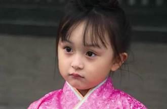 長太美被禁止整形 全球最年輕美女如今長這樣