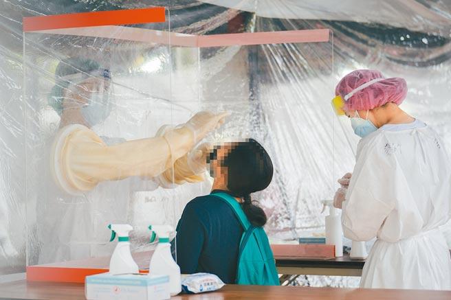 竹科專案篩檢站5日啟用,截至7日有5人PCR陽性。(新竹市政府提供)