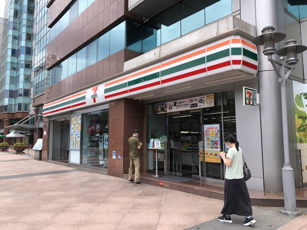 統一超商以1.6億買下東興路59號承租店面自用。(台灣房屋提供)
