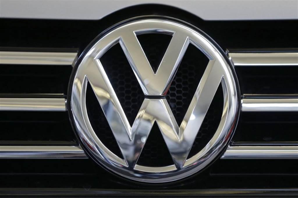 着名的德国福斯汽车,在2015年被爆出排气问题上作弊。图/美联社(photo:ChinaTimes)