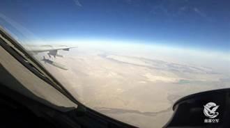 陸首次公布 轟-6K發射巡弋飛彈照片