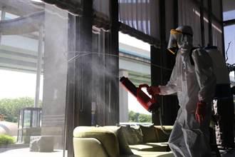 守護轄區 新北市議員陳明義自費消毒400社區大樓