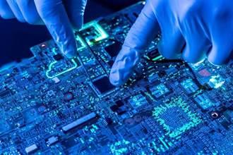 TCL李東生:陸解決高端晶片問題 至少要5年