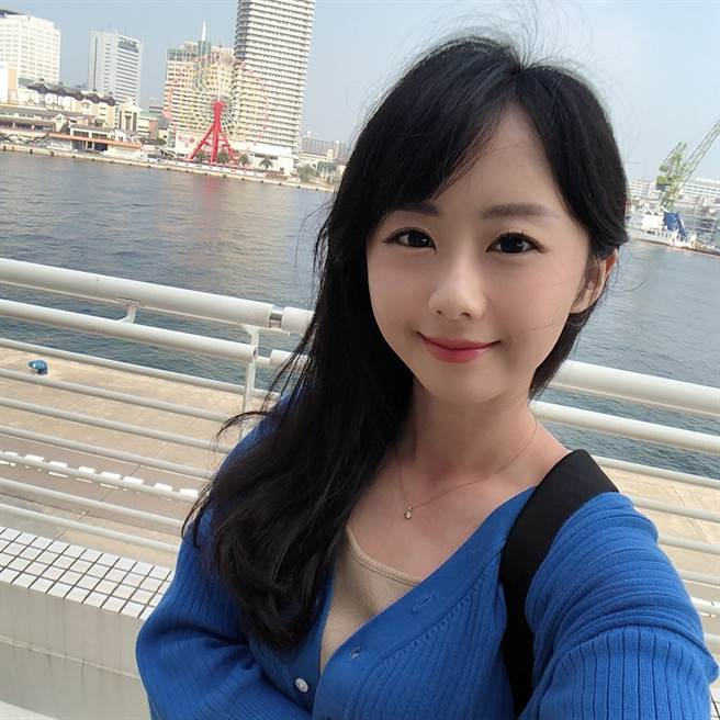吳衣璇表示曾和猝逝攝影師共事一小時。(圖/翻攝自臉書)