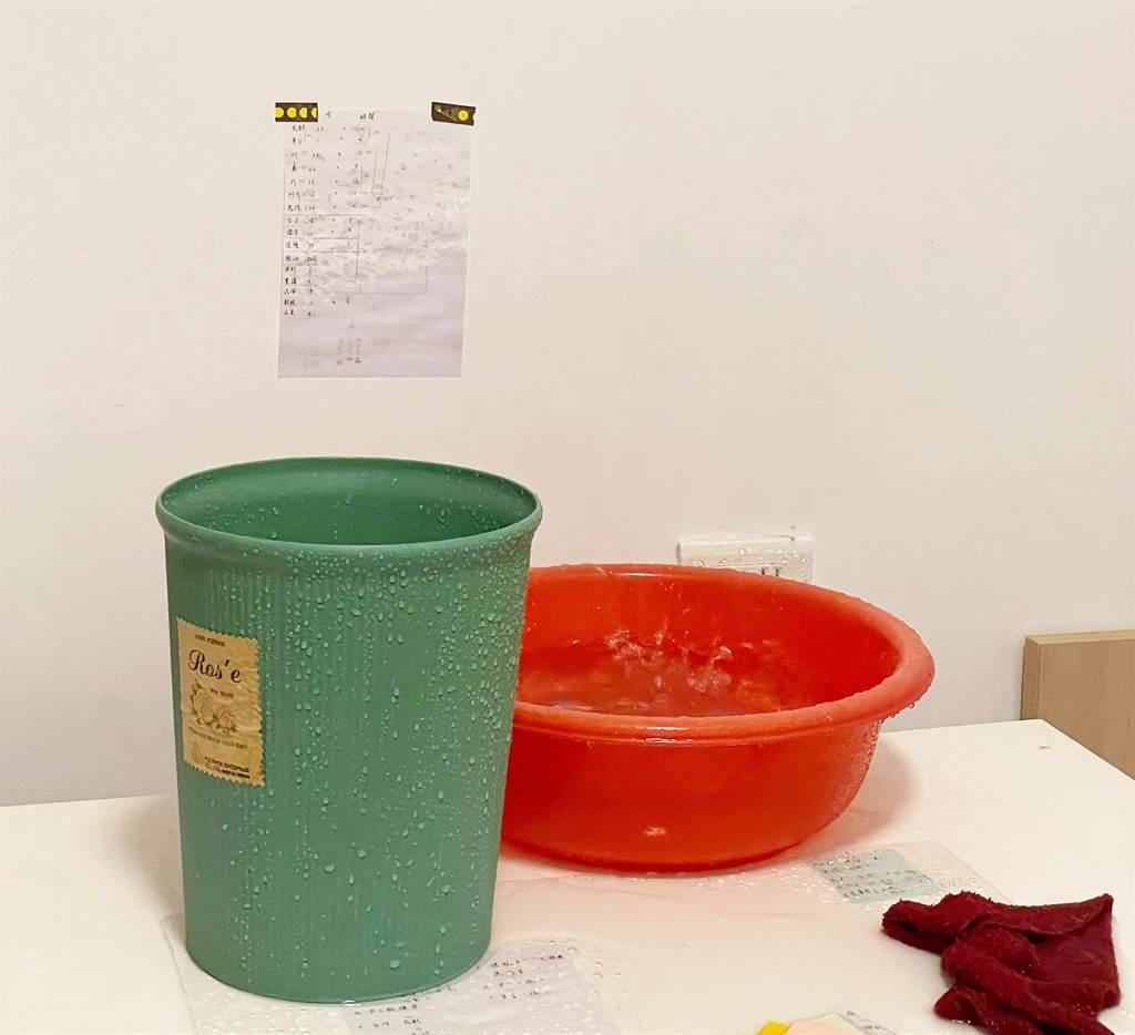 台中市太平區育賢社會住宅入住8個月的新成屋,竟擋不住梅雨來襲,竟高達15戶漏水。(市議員張玉嬿提供)