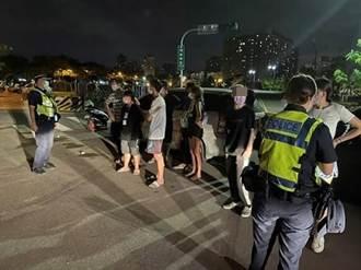 無視防疫規定14名年輕男女深夜重劃區群聚