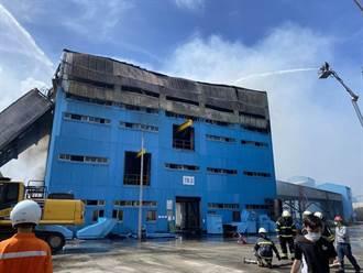 台電中火TR-62輸煤轉運塔的運煤輸送帶10日上午傳出火警