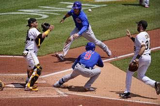 MLB》棒球史上最離譜失誤 海盜一壘手慘遭下放3A