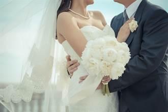27歲人夫墜愛河!為娶47歲女網友 竟狠甩22歲嫩妻