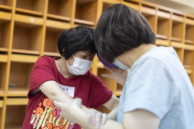 主要服務身心障礙家庭的身心關懷的天使心家族基金會,疫情爆發後,5月份捐款立即減少25%。(天使心家族基金會提供/林良齊台北傳真)