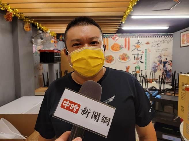來自大陸東北、現年46歲的老闆楊波,台灣的人情味令他感動。(照片/游定剛 拍攝)