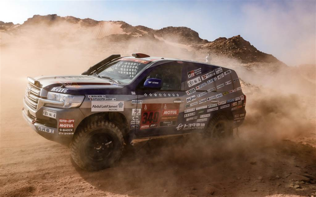 豐田車體「Team Land Cruiser」車隊宣布將以 Land Cruiser 300 挑戰 2023 年達卡拉力賽!