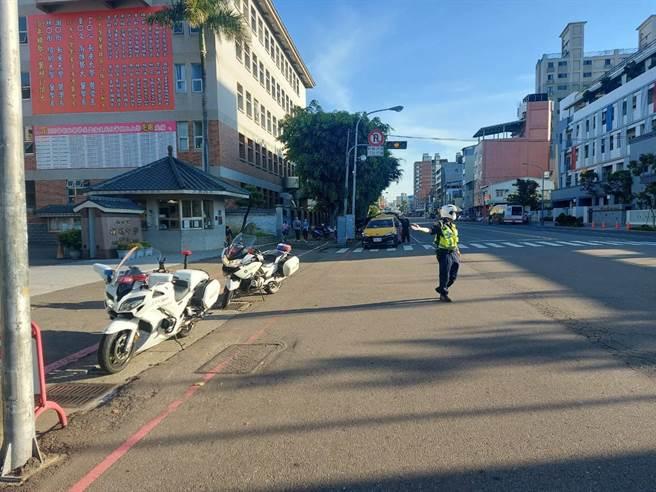 警方指出,端午連假,交流道處若產生壅塞現象,台中市警察局將派員加強疏導。(台中市警察局提供/張妍溱台中傳真)