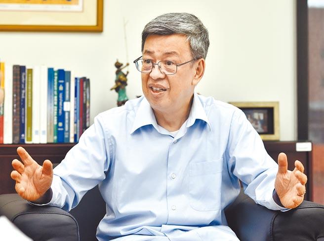 前副總統陳建仁接受外媒訪問,坦言這波本土疫情爆發的2周是「災難」。(本報資料照片)