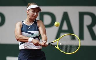 法網》拍落俄女將 克蕾切可娃喜迎生涯首座大賽金盃