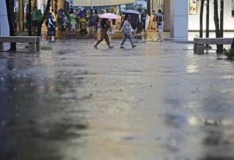 雷雨彈升級 今晚8縣市豪大雨特報