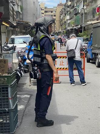 街頭看見未來戰警 北市警自購防毒過濾裝備值勤
