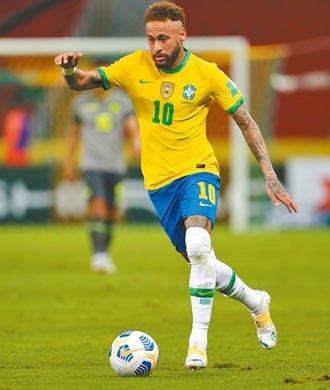 内马很忙 巴西足球卫冕不容易