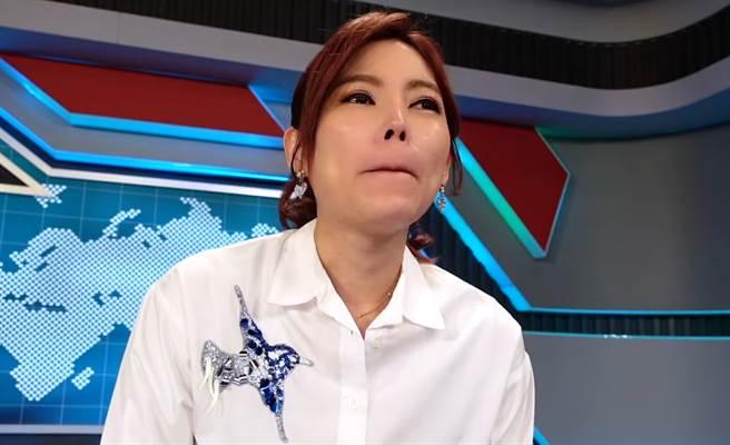 葉映彤將離開年代主播台。(圖/FB@我是新聞人葉映彤)