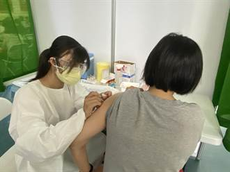 台南3天打約1.3萬劑疫苗 197位警專生打疫苗 黃偉哲:中央會撥補