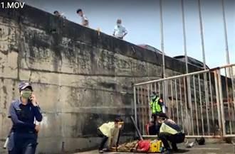 台東機車騎士自撞橋墩 墜落6米高橋下重傷昏迷
