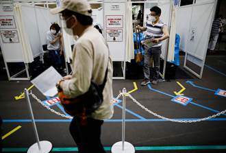 日本大型疫苗接種中心 對象不再限逾65歲長者