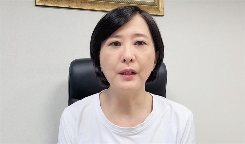 台北市議員王鴻薇怒轟,「苗博雅根本是在幫中央脫罪當民進黨走狗。」(攝影/陳盈臻)