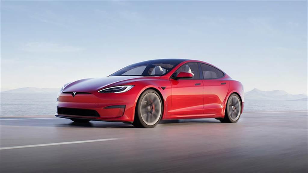 新版 Model S LR 車型 EPA 續航里程達 652 公里,寫特斯拉新高紀錄