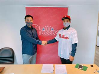MLB》獲得費城人青睞 李灝宇成隊史第4名台將