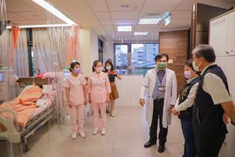 關心腎友接種 盧秀燕:再獲疫苗將下降施打年齡至80歲以上