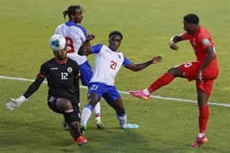 世足資格賽》最離譜烏龍球!海地守門員被超慢速球破門