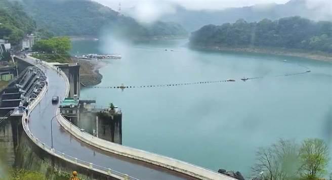 石門水庫15日午間蓄水量正式回歸50大關,截至16日凌晨,蓄水量為50.5%、1億244萬噸。(圖/資料照、呂筱蟬攝)